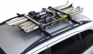 Porte-skis barres de toit en situation